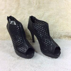 Torrid Black Cut Out Peep Toe Booties/ Heels Sz 10